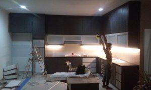 custom furniture kitchen set